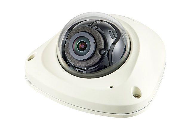 2-мегапиксельная мобильная телекамера Wisenet XNV-6022RM