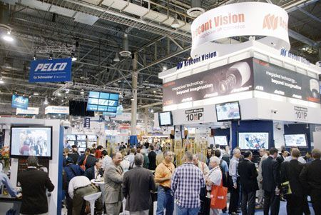 ������� �������, ������������ ����� Arecont Vision �� �������� ISC West 2010